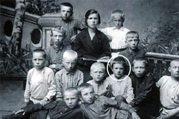 Михаил Пуговкин в детстве