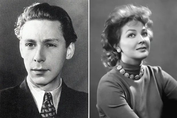 Олег Ефремов и Ирина Скобцева