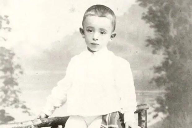 Осип Мандельштам в детстве