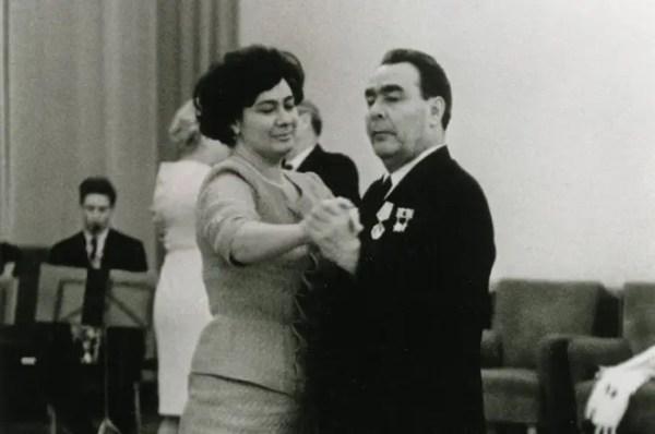 Леонид Брежнев - биография, партийная деятельность, итоги ...