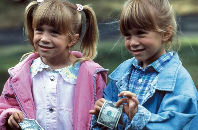 Mary Kate a Ashley datovania život