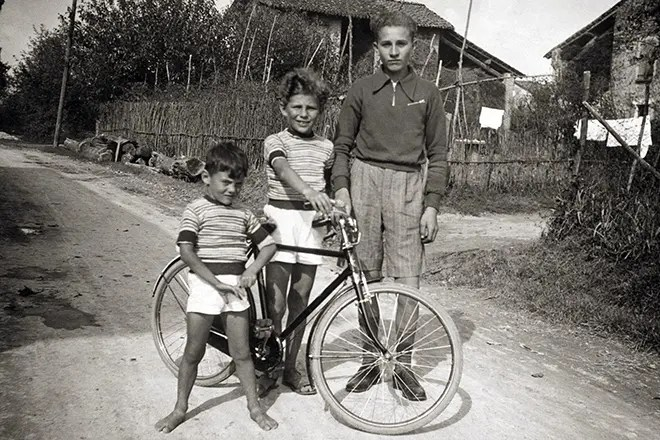 Джорджио Армани в детстве