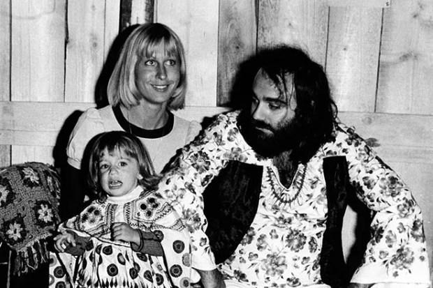 Семья Демиса Руссоса и первой жены Моники