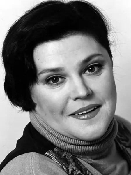 Елена Казаринова - биография, личная жизнь, фото, фильмы ...