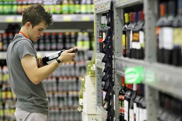 В России названы самые «пьющие» города-миллионники - 24СМИ