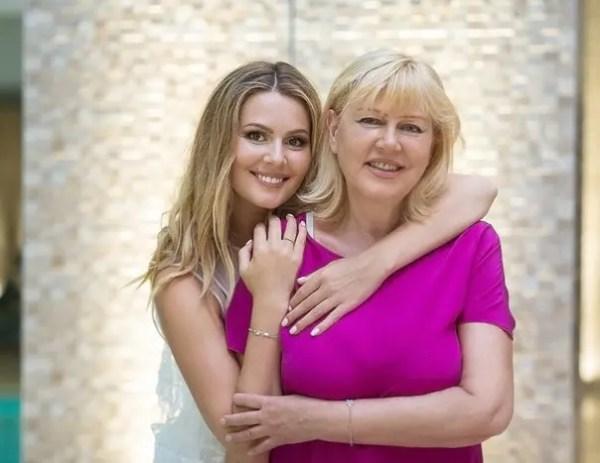 Родители российских звезд, которые ведут Инстаграм - 24СМИ