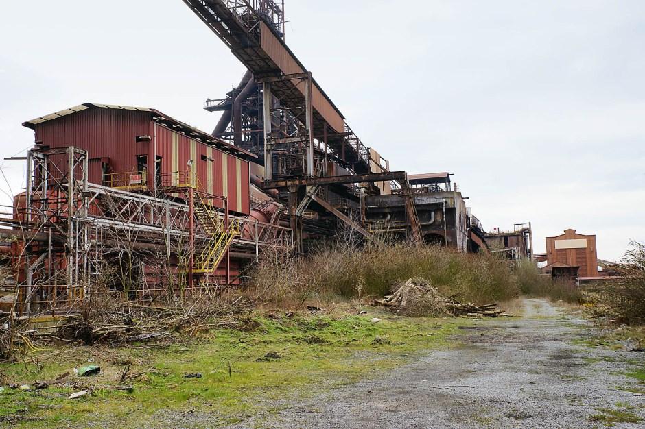 HFB misst insgesamt rund 40 ha. Über mehr als ein Jahrhundert hinweg ist das Gelände zu einem Gewirr aus technischen Anlagen und Bauwerken geworden.