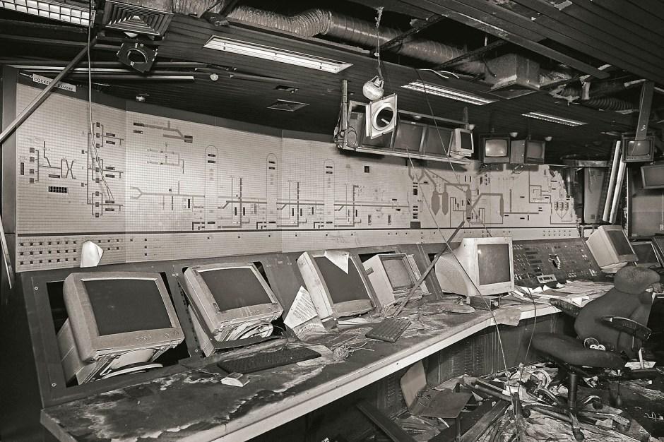 Der Leitstand war das Hirn des Stahlwerks. Heute ist er ein besonders lohnendes Ziel für die diversen Erforscher des Hochofengeländes.