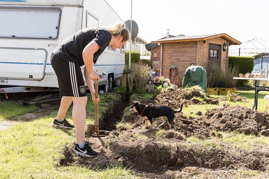 Lisa Heckhoff ist 25 und in der dritten Generation auf dem Campingplatz. Wie Eltern und Großeltern hat auch sie eine eigene Parzelle.