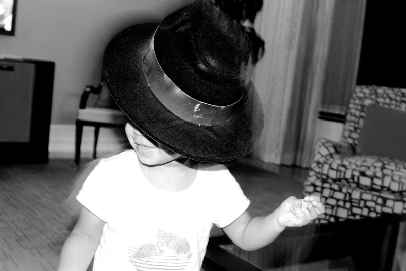 blue ivy birthday party in hat