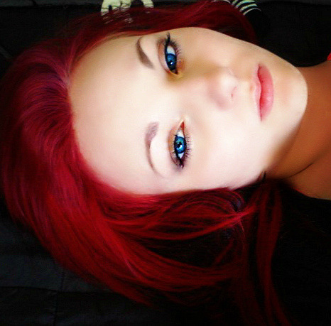 VammyRose and her ice blue eyes. Gorgeous!