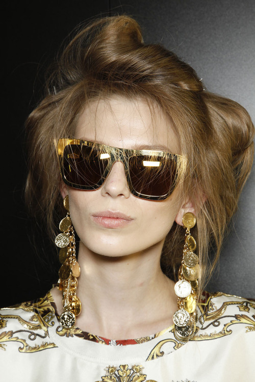 mulberry-cookies:</p> <p>Backstage @ D&G S/S 2012 <br />