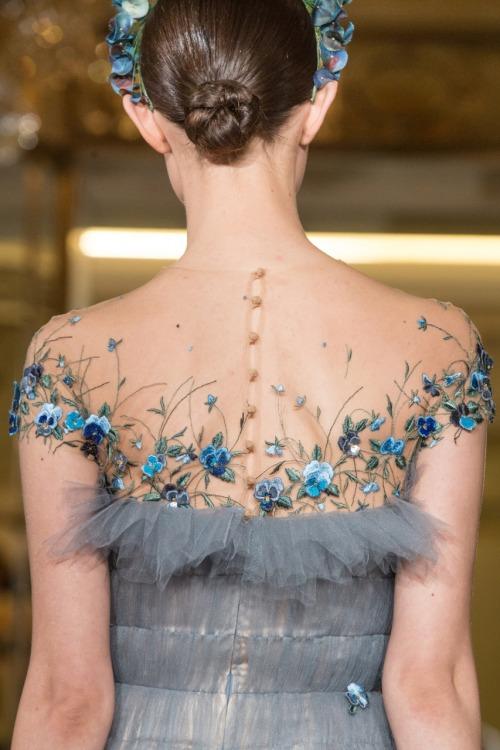 girlannachronism:</p> <p>Yanina spring 2014 couture details