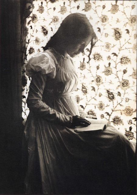 Gertrude Käsebier (1852-1934) : Zitkala-Sa 1898