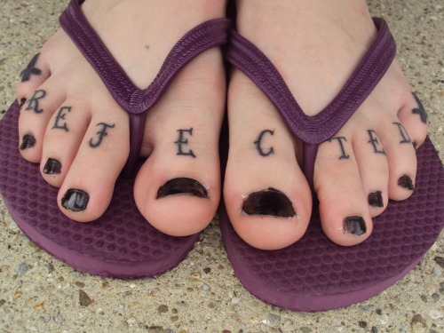 and my toe tattoos. Posted by Casanova2204 on Wed Jul 14, 22:01 | Back to