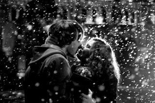 he kissed me in the snow<3