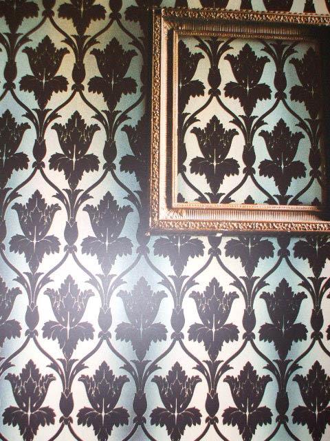 Wear Sherlock: Zoffany Nureyev Navarre Flock wallpaper Worn by 221b image