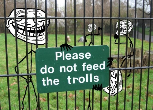 Trollface - Do not feed the trolls