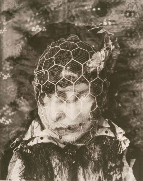 Gertrud Arndt, « Maskenselbstbildnis Nr. 16 », 1930