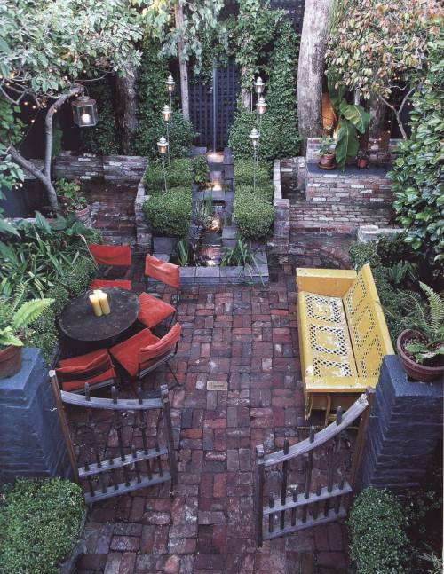 thatbohemiangirl:</p><br /><p>My Bohemian Home ~ Outdoor Spaces<br /><br />