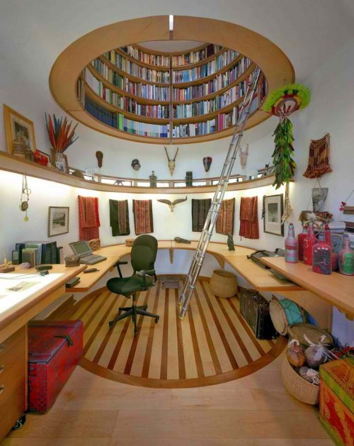 yeaheyecandy:  National Geographic Society's Explorer-in-Residence Wade Davis called on architect and designer Travis Price to construct his very own personal at-home workspace in Washington, DC.