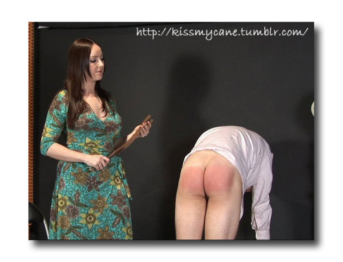500 spanks on each cheek her ass ends up burning red 7