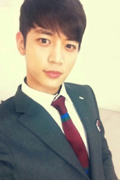 Handsome Minho2day 120813 - 드디어 첫 걸음.. 긴장과 설렘… 오늘부터 강태준^^  Finally taking the first step..nervous adding on to excited… from today onwards Kang Tae Joon ^^ ! 终于迈出第一步..紧张加激动…从今天开始是姜泰俊^^! Credit: SHINeeme2day  Chinese translation : Korean me2day English translation : Forever_SHINee
