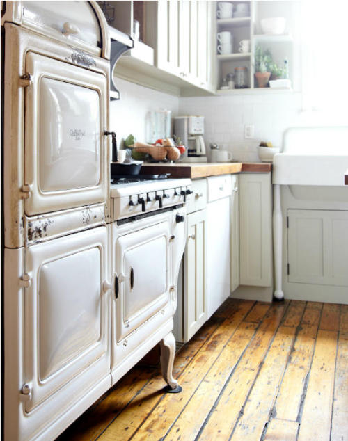 myidealhome: somewhere an old clock is ticking (via desire to inspire)