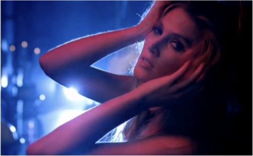 DELTA GOODREM DANCING WITH A BROKEN HEART
