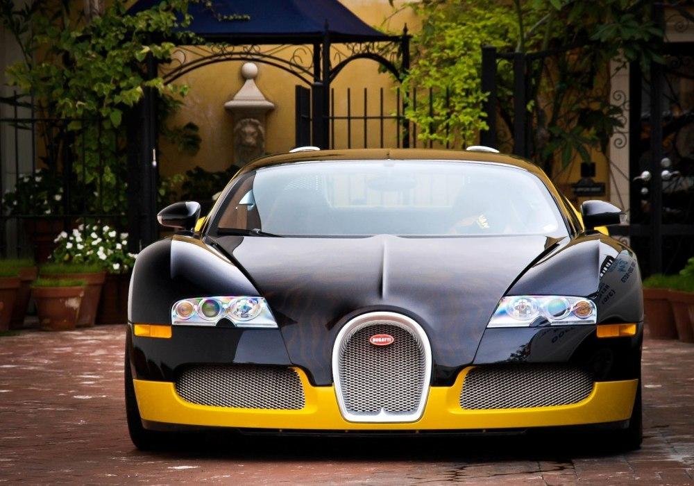 dailycoolmag:Bugatti Veyron, Bijan.