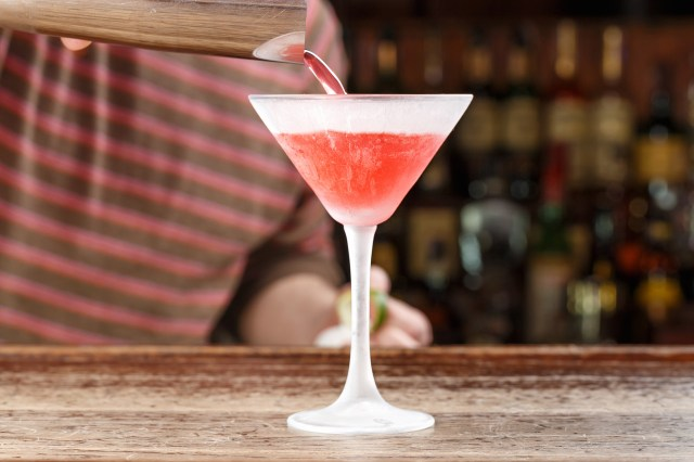 How to Make a Cosmo the Right Way