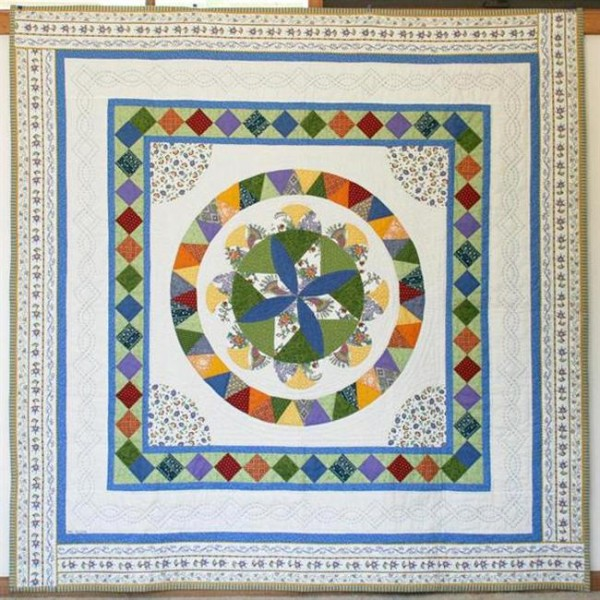 French Provincial Circle Quilt