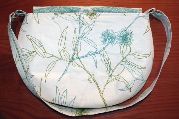 Flowering Gum City Shopper - the back