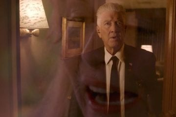 Gordon has a vision of Laura Palmer while she was alive at Donna's house