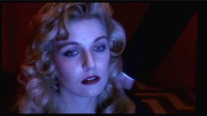 Laura Palmer sees her angel