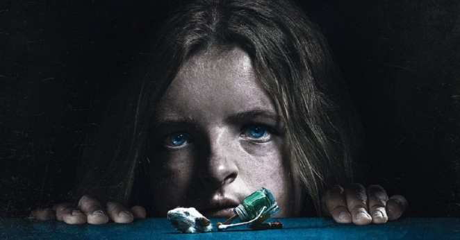 Hereditary-French-Poster-fi