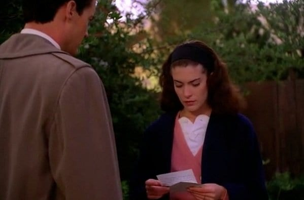 Donna Hayward and Agent Cooper read the last pages of Laura Palmer's Secret Diary