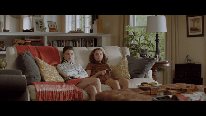 Anya Taylor-Joy and Olivia Cooke in Thoroughbreds
