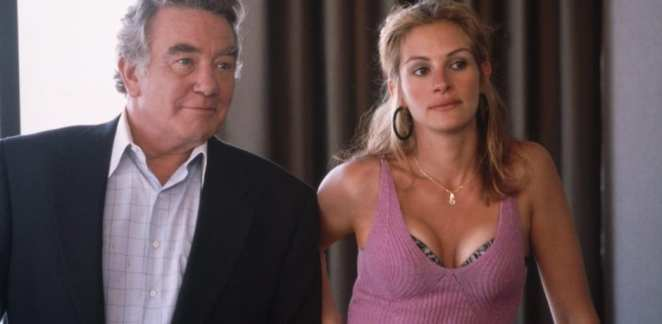 Albert Finney and Julia Roberts in Erin Brockovich