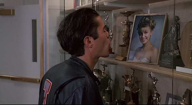 Bobby Briggs kisses a photo of Laura Palmer in Twin Peaks: Fire Walk With Me