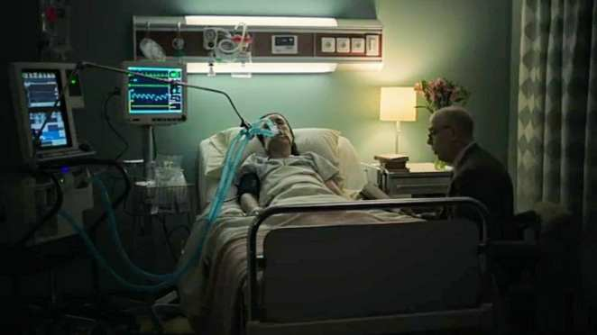 Counterpart - Howard reads to Emily in the hospital