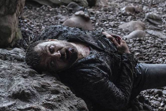 """Euron Greyjoy dies in a cave in Game of Thrones """"The Bells"""""""