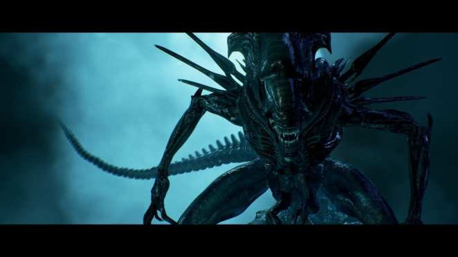 The xenomorph queen looks menacing in Aliens