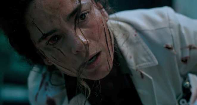 Alice Braga stars as a doctor locking up young mutants in the upcoming X-Men horror spinoff New Mutants.