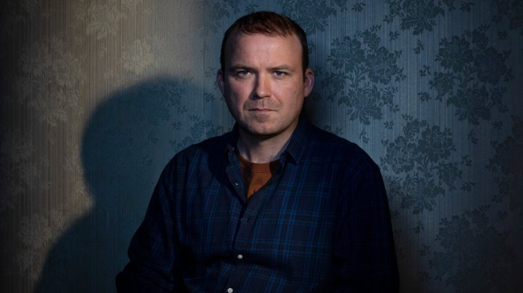 Rory Kinnear as Stephen Lyons in Years and Years