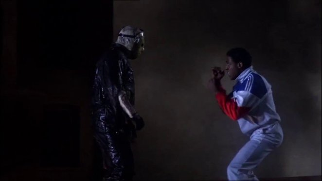 I'm pretty sure I know who's going to win this boxing match between Julius (Vincent Craig Dupree) and Jason Voorhees (Kane Hodder) in Friday the 13th Part VIII: Jason Takes Manhattan.