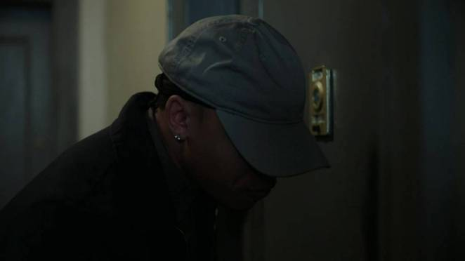 Dre waits in a disguise at Maria's door