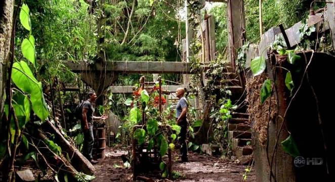 Jack and Locke meet in The Orchid Station
