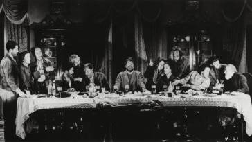 A group of beggars re-enact Da Vinci's Last Supper in Luis Bunuel's Viridiana (1961)