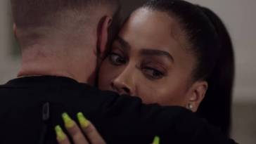 Keisha looks panicked as she hugs Tommy